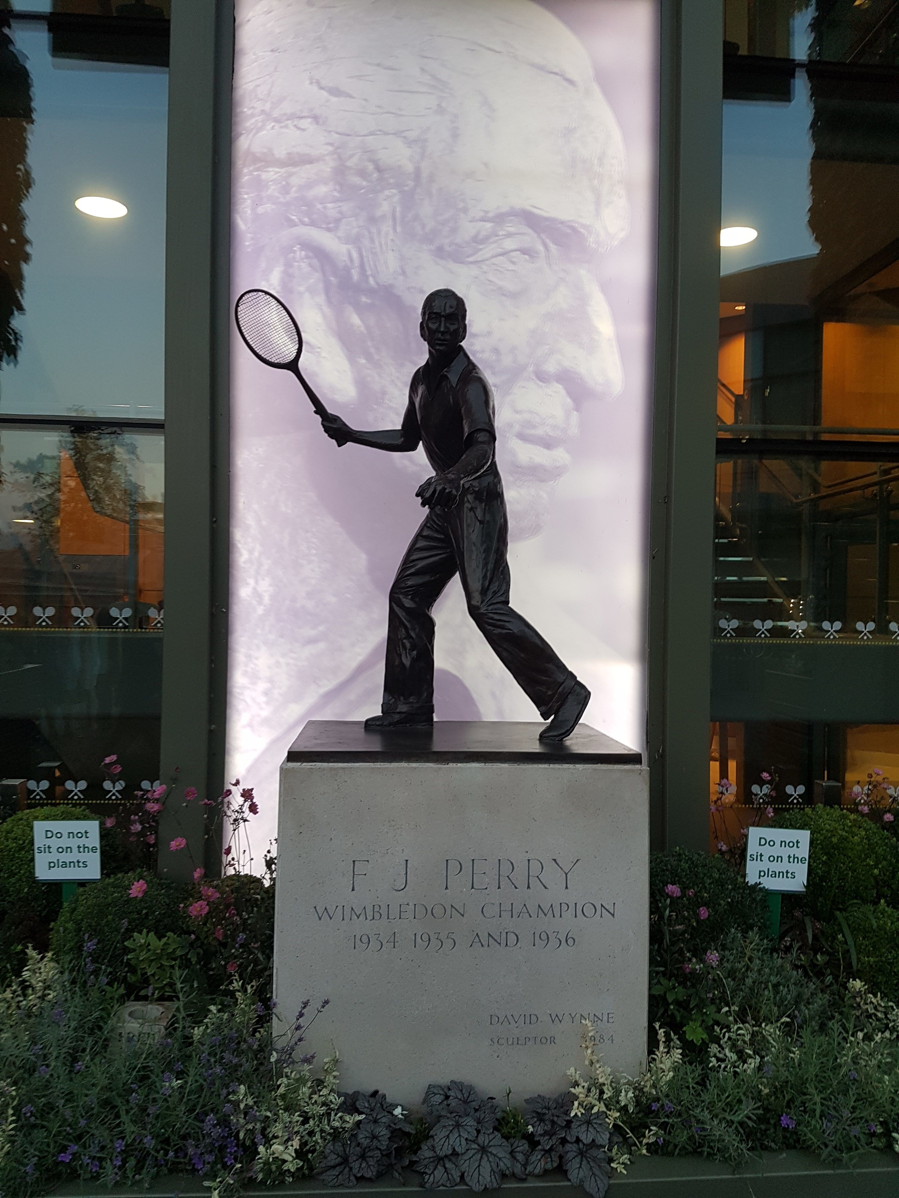 Merton Best Business Awards - Fred Perry Statue - All England Lawn Tennis Club - 001