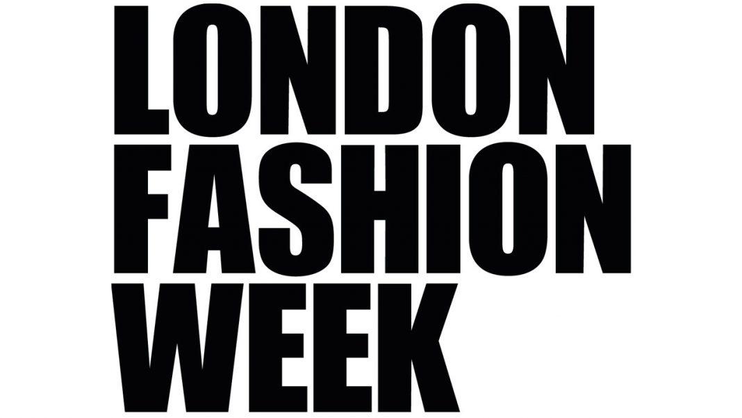 Fashion Show Same Day Courier 001