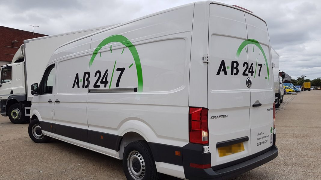 Same Day Courier Van - AB247 - H01