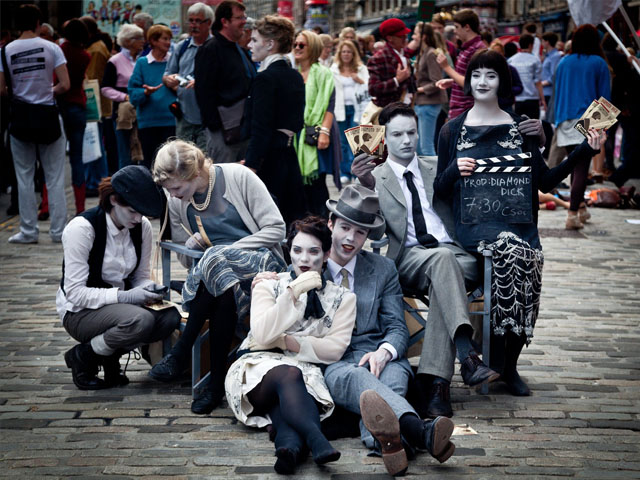 photo of performers at Edinburgh Fringe