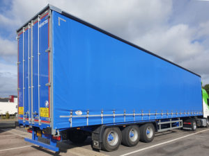 AB247 Haulage Artic with Trailer 01